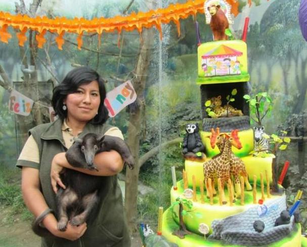 Día de la Madre: Mamitas adoptivas de los bebés del Zoo Huachipa